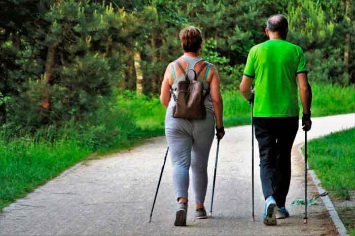 beneficios del deporte en personas mayores andar ¿Conoces los beneficios de la actividad física y del deporte en las personas mayores?