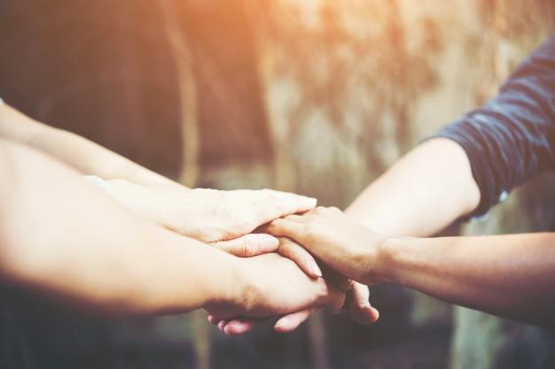 ayuda amigos felicidad 8 consejos para aumentar tu felicidad.