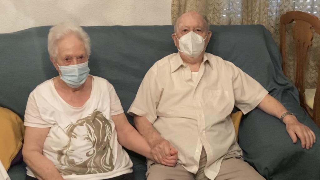 """Marce y Julio """"Nueva joven"""" de 85 años. Consejos cotidianos."""